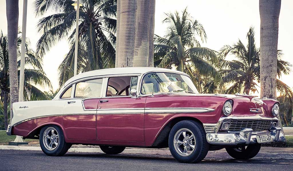 Take a Tour Around the City in a Classic Car