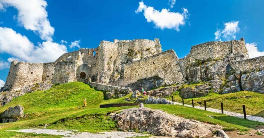 Portada biggest castles